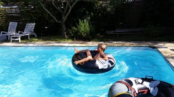 bouee piscine