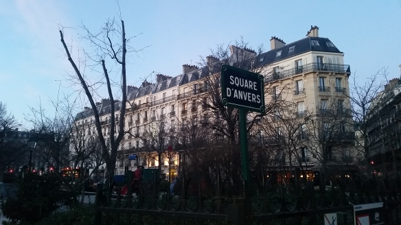 PANNEAU SQUARE ANVERS PARIS