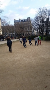 "La ""pelouse"" du square Anvers"